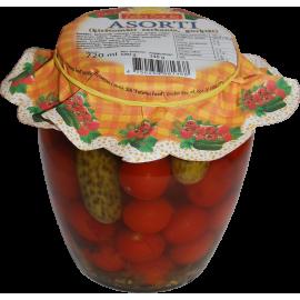 Surtido con tomates cherry...