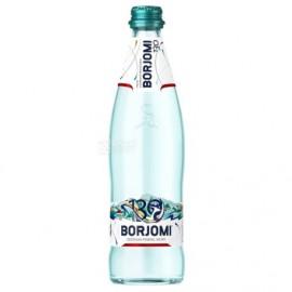 Agua mineral con gas...