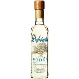 Vodka DEBOWKA (De Roble)...